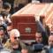 تشييع جنازة الفنان المصري سعيد عبد الغني وسط غياب النجوم.. ونجله يدخل في نوبة بكاء (فيديو)