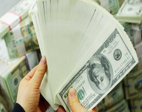 """الدولار يتراجع بسبب """"السندات الأميركية"""""""