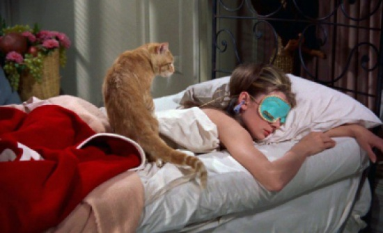 6 إكسسوارات تمنحك إطلالة مثالية أثناء النوم.. اصنعيها بنفسك