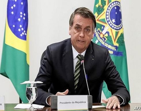 """رئيس البرازيل مهاجما لقاح """"فايزر"""": قد يحول الشخص لتمساح"""