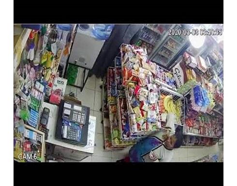 شاهد : كاميرا مراقبة توثق جريمة عربي بالكويت مع عاملة داخل محل بقالة