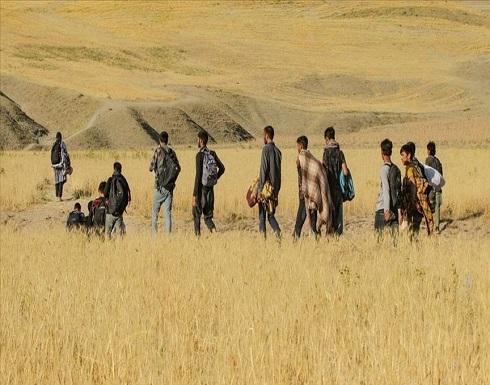 إيران تحظر دخول الأفغان إلى أراضيها