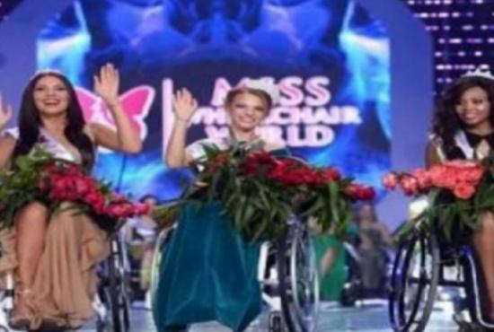 صور| تعرفوا على أول ملكة جمال للعالم على كرسي متحرك!