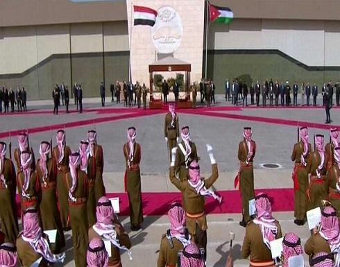 الملك عبدالله الثاني يستقبل السيسي في عمان