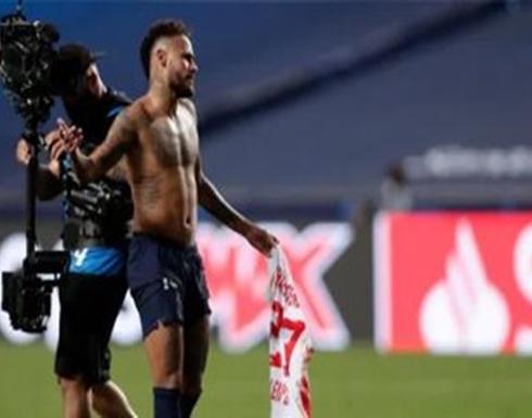 صحيفة: نيمار مهدد بالغياب عن نهائي الأبطال بسبب قميصه