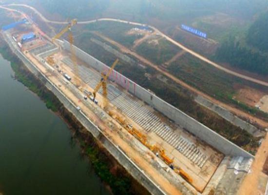 """بناء نسخة """"صينية"""" من سفينة تايتانيك"""