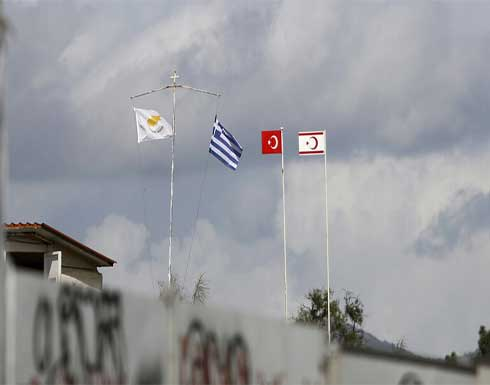 بوريل يلتقي زعيمي شطري قبرص بحثا عن استئناف مفاوضات التسوية