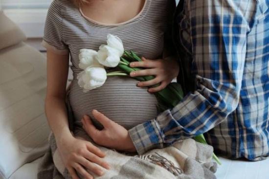لماذا تتعرض الحامل للشد العضلي أكثر من غيرها؟