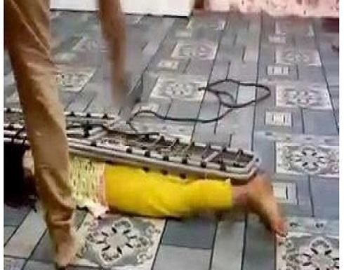 السعودية تلقى القبض على أب عذب طفلته ووثق فعلته بالفيديو