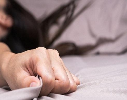 مصر : حارس عقار يقتل عشيق زوجته بعد رؤيتهما بمارسة الرذيلة معًا
