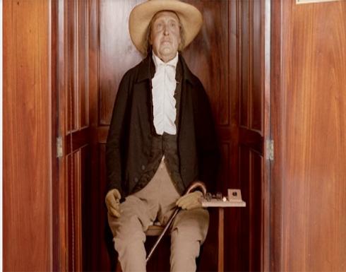 تعرف على جثة تحضر الاجتماعات منذ أكثر من 180 سنة