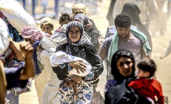 أكثر من 300 ألف نازح سوري بالقرب من الحدود الأردنية