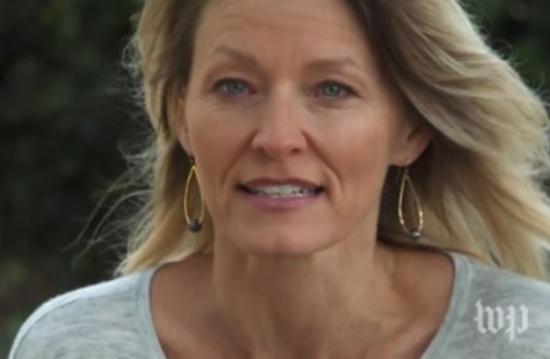 سيدة تروي كيف تحرش ترامب بها في مكان عام (فيديو)
