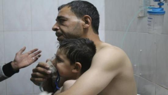 مقتل عائلة في هجومٍ للنظام بالغاز السّام على حلب