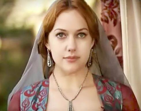 مريم أوزرلي قبل وبعد التجميل..لن تصدقوا الفرق