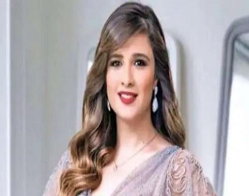 مصر.. هجوم على فنانة مشهورة بسبب ياسمين عبد العزيز