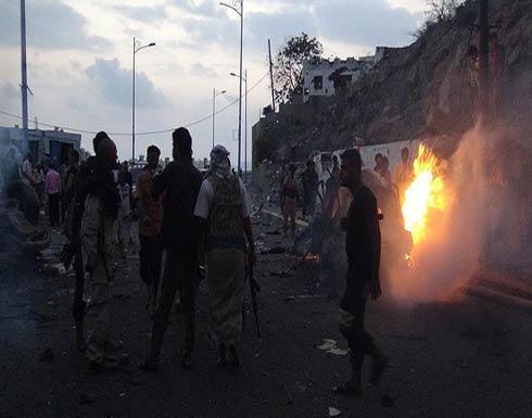 الجيش اليمني يسيطر على 5 مواقع عسكرية استراتيجية في تعز