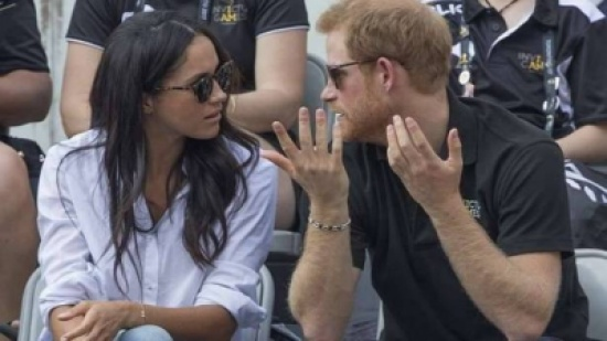 كاتبة بريطانية مرموقة تتنبأ بطلاق مبكر للأمير هاري