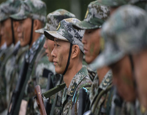 جندي كوري شمالي منشق يتعرض لإطلاق النار أثناء هربه