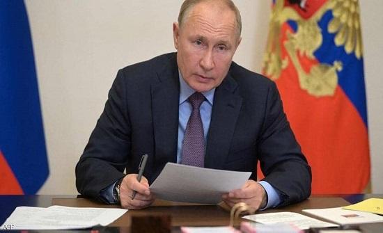"""بوتن يعلن ما فعله كورونا داخل الكرملين.. """"الوضع صعب"""""""
