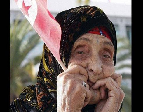 عجوز عربية في الثمانين من عمرها حامل في شهرها الرابع!!