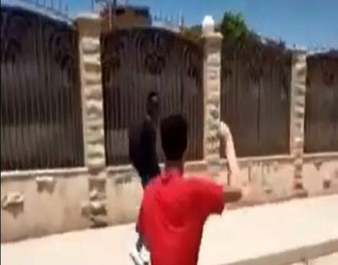 مصر.. حبس شابين بسبب التنمر على طفل سوداني .. صور