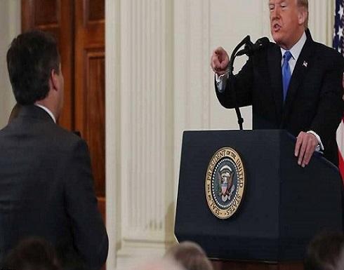 بعد الأمر القضائي بإعادته.. تهديد من ترامب للمراسل المطرود