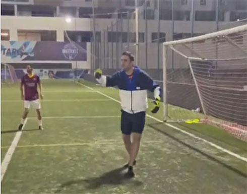 بالفيديو .. الشيف بوراك حارس مرمى كارثي ويتسبب بخسارة منتخب التشيك