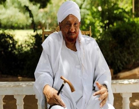 """وفاة زعيم حزب """"الأمة"""" السوداني الصادق المهدي بسبب فيروس كورونا"""