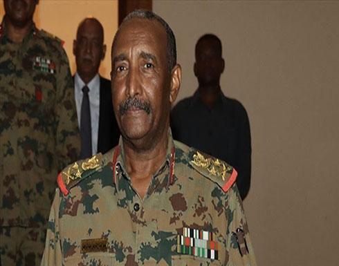 السودان.. البرهان يحيل مجموعة من ضباط الجيش للتقاعد