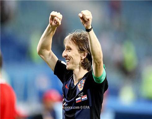 مودريتش الأقرب لنيل جائزة أفضل لاعب بمونديال روسيا