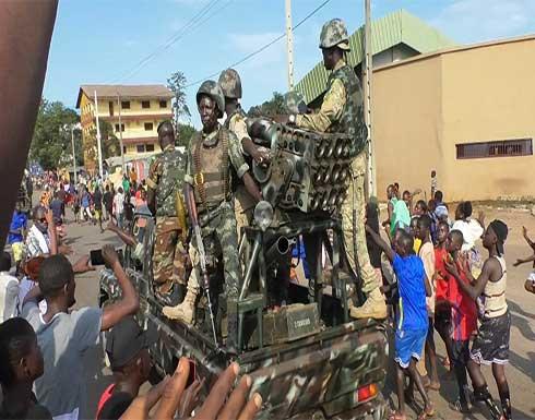 قوات الانقلاب في غينيا تعتقل قائد أركان الجيش ومدير الشرطة الوطنية