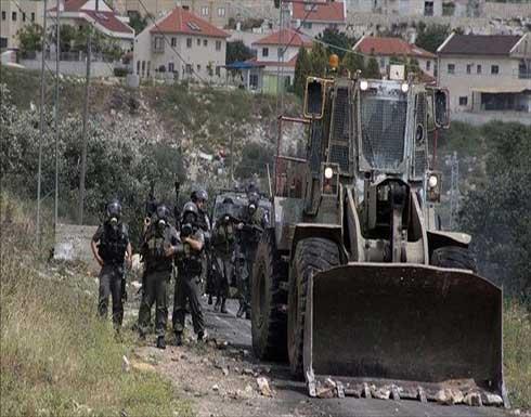 الجيش الإسرائيلي يعتزم تجريف أراض زراعية فلسطينية بالضفة