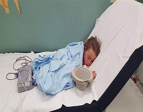 """طفلة في المستشفى تجتاج """"فيسبوك"""".. أكثر من 200 ألف مشاركة لصورتها والسبب """"قصتها المؤثرة"""""""
