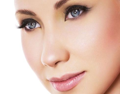 نصائح لعيون صغيرة أكثر جمالاً وجاذبية
