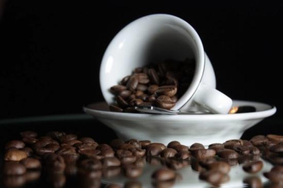 هل تؤدي القهوة إلي السمنة