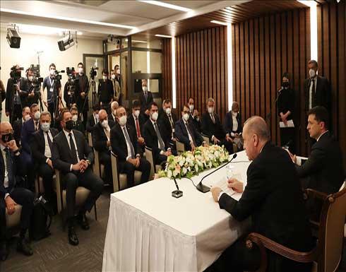 أنقرة وكييف تتفقان على مواصلة التنسيق لاستعادة وحدة أراضي أوكرانيا