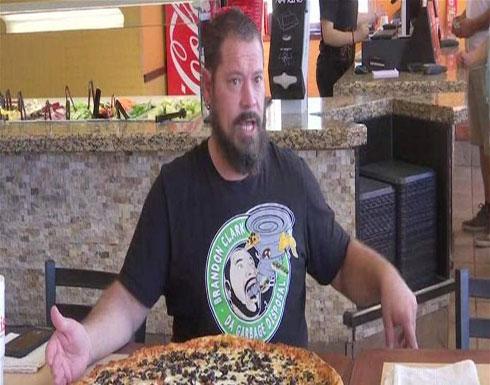 تحدٍّ مثير.. تناول هذه البيتزا واحصل فوراً على 500 دولار!