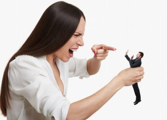 انتقام المرأة.. سلوكٌ ماكر أم غيرة مبالغة؟!
