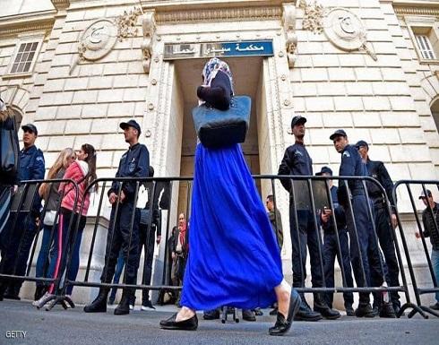 الجزائر تطلب إحصاء ممتلكات مسؤولين سابقين في فرنسا