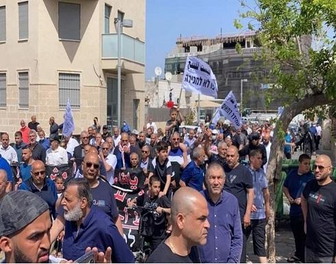 """مظاهرات في يافا و""""الشيخ جراح"""" ضد سياسة الاحتلال التهجيرية .. بالفيديو"""