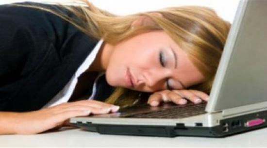 قلة النوم تقلل الكولسترول الجيد في الدم