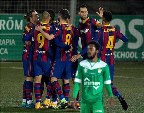 بالصور: برشلونة ينجو من فخ كورنيا في الوقت الإضافي