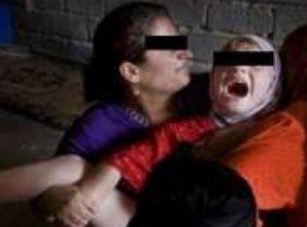 زوج يقوم بـ ختان زوجته  بواسطة داية !! السبب صادم لقيامه بذلك