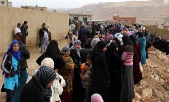 نازحون سوريون يعودون من عرسال اللبنانية إلى ريف دمشق
