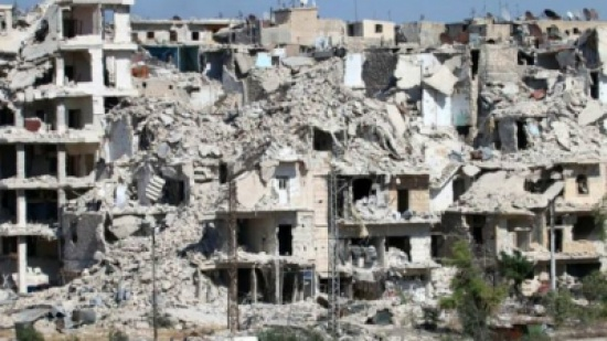 قصف متواصل بشرق حلب وهجوم للمعارضة بغربها