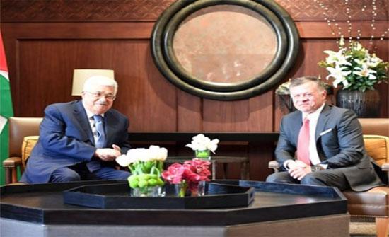 الملك يجري مباحثات مع الرئيس الفلسطيني..تفاصيل