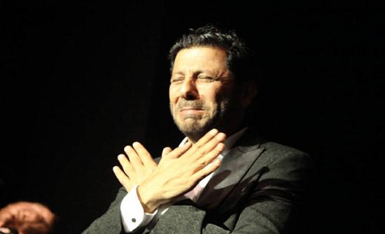 إياد نصار يبكي بحرقة في افتتاح مهرجان الأردن للأفلام… والسبب؟