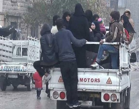 قافلة مساعدات أممية تدخل مخيم الركبان بسوريا