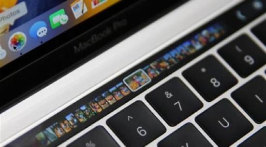 كيفية إنشاء لقطة شاشة لشريط اللمس في أجهزة ماك بوك الجديدة